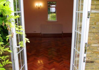 001_mahogany_reclaimed_sanded_varnished_natural_traditional_bespoke_blocks_parquet_wood_flooring