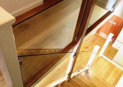 002_s_bespoke_staircase_rustic_steps_oak_handcrafted_Reigate_wood_flooring