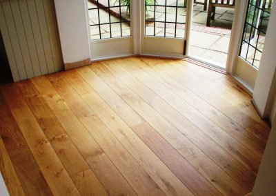 004_s_engineered_primegrade_oiled_floor_boards_curved_steps_oak_wood_flooring_bespoke_Surrey