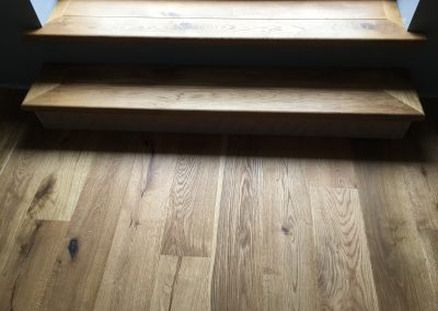 005_s_bespoke_staircase_rustic_steps_floor_boards_oak_natural_wood_brushed_flooring_Surrey