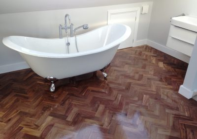 005_walnut_primegrade_herringbone_blocks_parquet_varnished_wood_flooring_solid_bespoke_traditional_Hampton