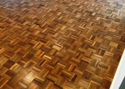 008_r_finger_parquet_teak_traditional_heritage_sanding_solid_sanded_sealed_varnished_Surrey