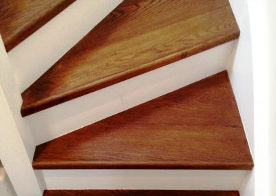 010_s_staircase_stained_custom_handcrafted_rustic_steps_oak_Reigate_wood_flooring