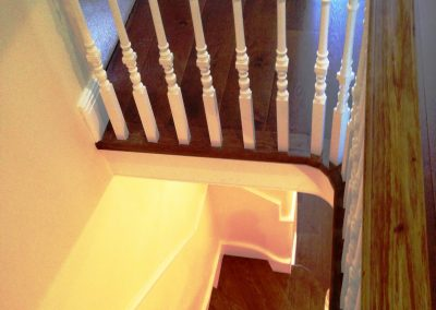 016_s_bespoke_staircase_rustic_steps_oak_Reigate_curved_wood_handcrafted_custom_flooring