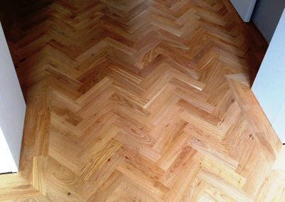 024_h_rustic_herringbone_parquet_natural_wood_flooring_varnished_double_blocks_frame_bespoke_Strawberry_Hill