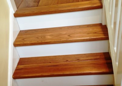 025_s_bespoke_staircase_rustic_steps_oak_natural_wood_flooring_custom_handcrafted_Surrey