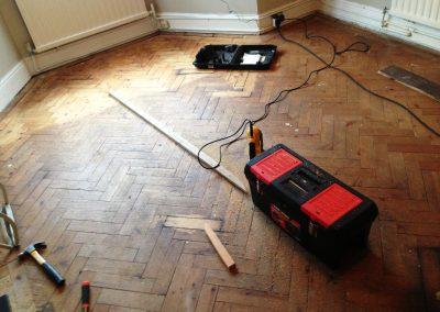029_r_herringbone_restoration_old_victorian_pine_varnished_natural_Surrey_wood_flooring