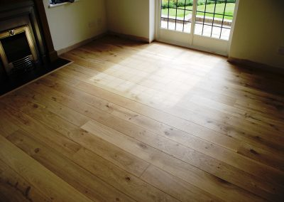 030_f_floor_boards_rustic_oiled_stained_engineered_natural_hardwood_bespoke_Surrey