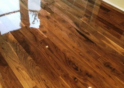 037_f_walnut_solid_wood_flooring_boards_sanded_sealed_varnished_rustic_classic_bespoke_Surrey