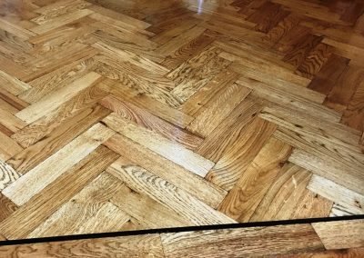 038_h_distressed_herringbone_blocks_parquet_single_dark_strip_double_solid_block_stained_oiled_rustic_flooring_Surrey