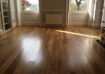 047_engineered_primegrade_floor_boards_oak_sanded_varnished_treditional_wood_flooring_Richmond_Hill