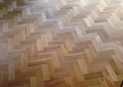 048_r_herringbone_restoration_old_victorian_oak_heritage_varnished_natural_Surrey_wood_flooring