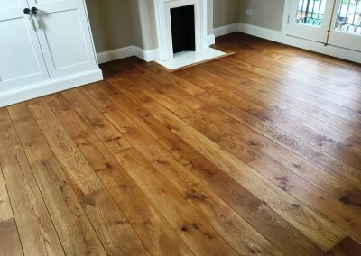052_f_floor_boards_rustic_oiled_solid_natural_hardwood_bespoke_prefinished_heritage_traditional_French_oak_flooring_Reigate