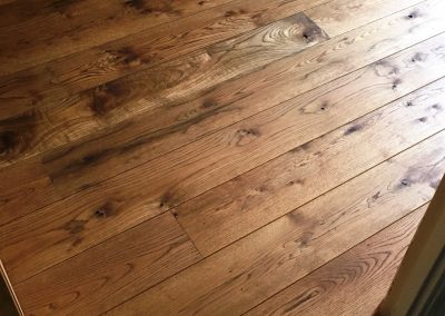 053_solid_rustic_floor_boards_oak_wood_flooring_Reigate_heritage_oiled_stained