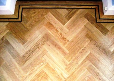 057_oak_herringbone_parquet_natural_wood_tramline_classic_traditional_bespoke_hardwood_Surrey