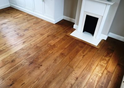 058_f_floor_boards_rustic_oiled_natural_hardwood_bespoke_prefinished_heritage_traditional_French_oak_flooring_Reigate