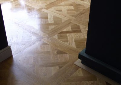 069_designed_pannels_herringbone_white_european_oak_wood_flooring_traditional_bespoke_sanded_sealed_oiled_Surrey