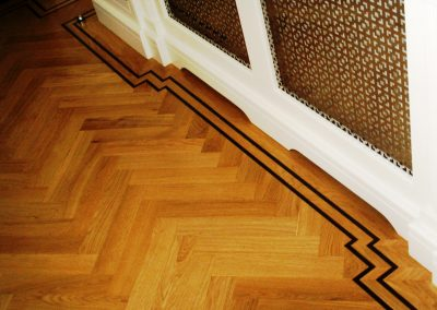 075_primegrade_herringbone_parquet_natural_wood_tramline_classic_traditional_bespoke_sanded_hardwood_Surrey