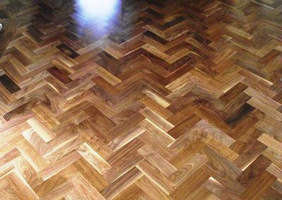 078_walnut_primegrade_herringbone_blocks_parquet_varnished_wood_traditional_flooring_sanded_Surrey