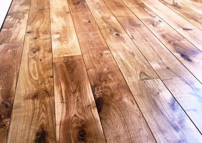 083_floor_boards_rustic_wood_flooring_solid_character_grade_traditional_bespoke_sanded_sealed_Reigate