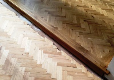 004_herringbone_blocks_parquet_frame_natural_sanded_sealedbespoke_wood_flooring_Surrey.jpg