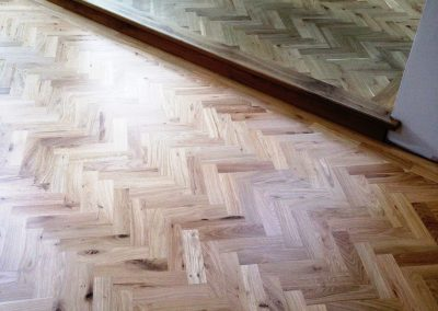 005_herringbone_blocks_parquet_frame_oiled_natural_sanded_sealedbespoke_wood_flooring_Surrey.jpg