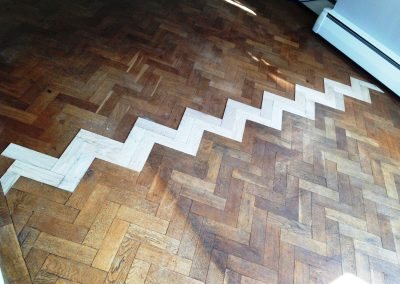 007_herringbone_blocks_parquet_oiled_natural_sanded_sealed_bespoke_wood_flooring_Surrey.jpg