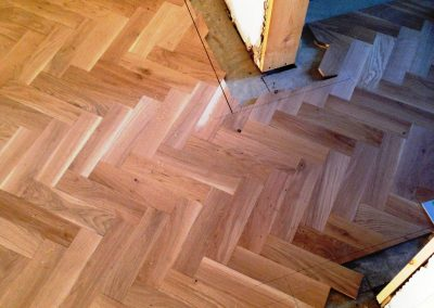 009_herringbone_blocks_parquet_frame_solid_oak_traditional_oiled_wood_flooring_Surrey.jpg