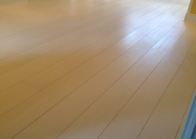 014_solid_oak_floor_white_boards_scandinavian_nordic_oiled_coloured_bespoke_wood_flooring_Surrey.jpg